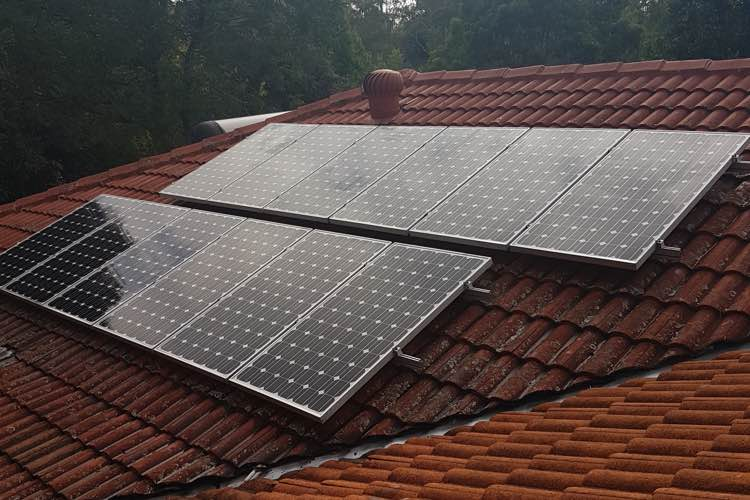solar installation older ceramic roof in sydney